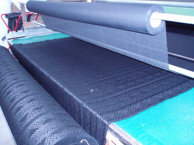 Macchina adesivatrice per tessuti e pelli Plissettatura Barbagli
