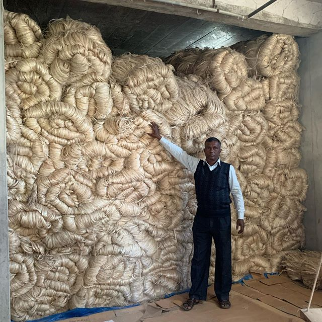 Raw jute is purchased in bulk, stored and then distributed to macramé producers in 20 kgs bundles
