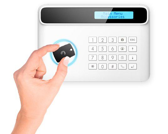 Alarme connectée e-tiger s4-c : des badges sont fournis