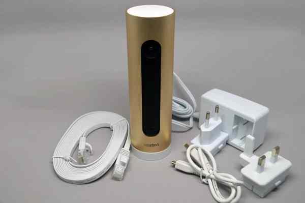 La caméra connectée Netatmo Welcome et ses accessoires