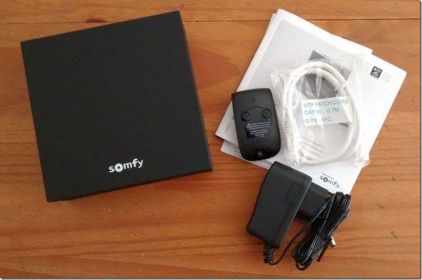 Contenu du pack de la box domotique connectée SomfyBox