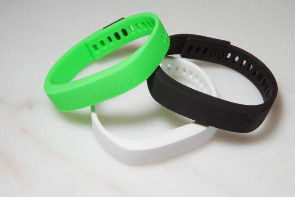 Le bracelet connecté Razer Nabu X est disponible en trois couleurs