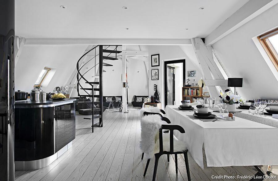 Binnenkijken Thuis Femke : Binnenkijken herenhuis in parijs u stijlvol styling woon