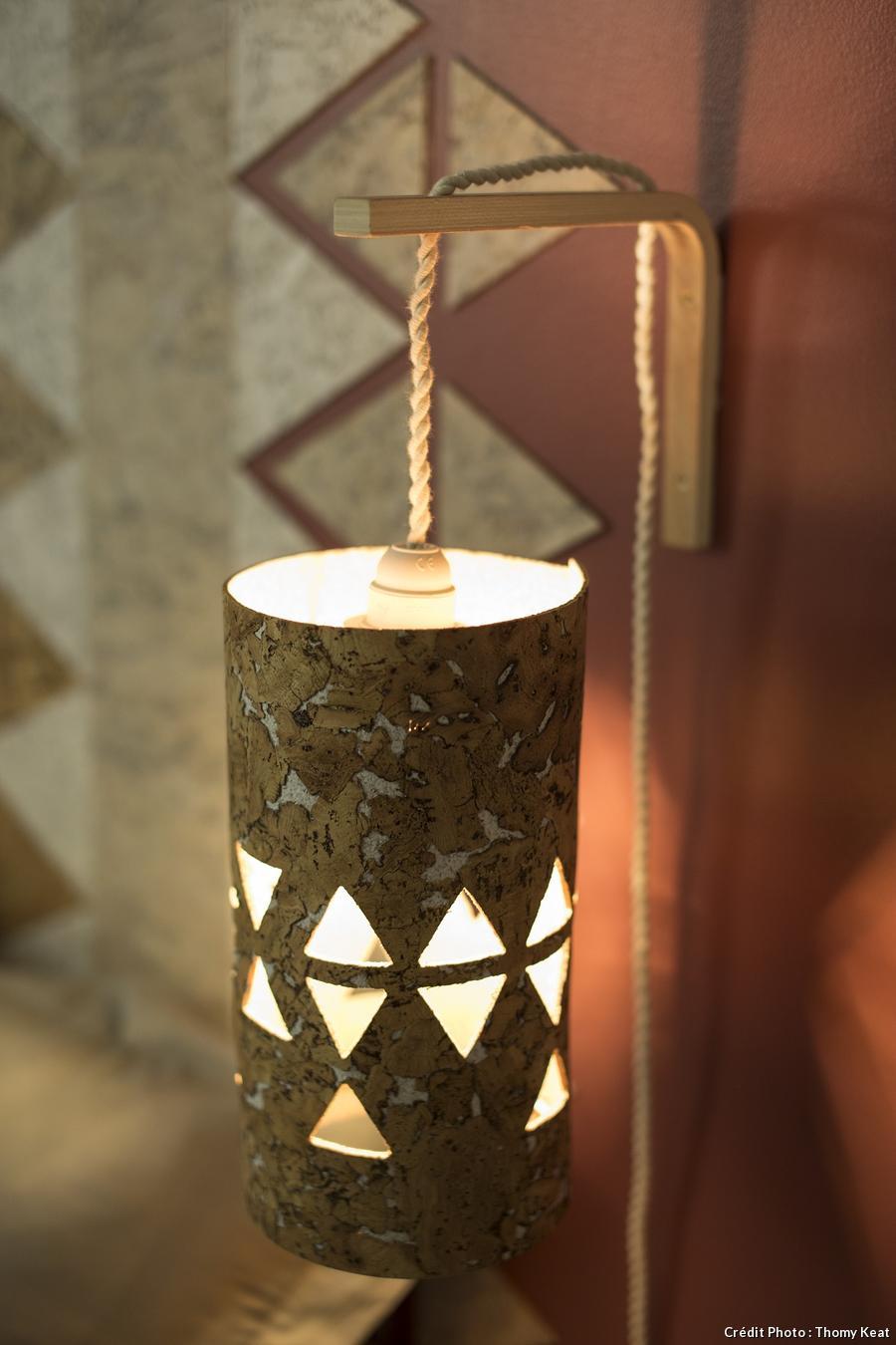 Lampe de chevet en liège