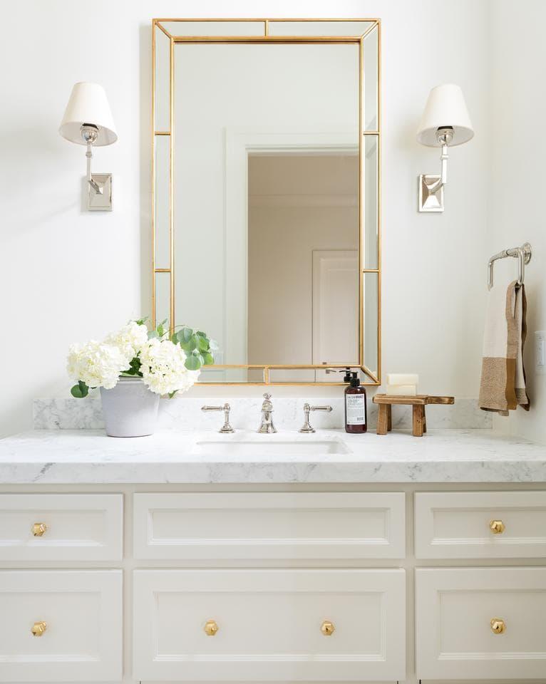 3 mixed metal bathroom design