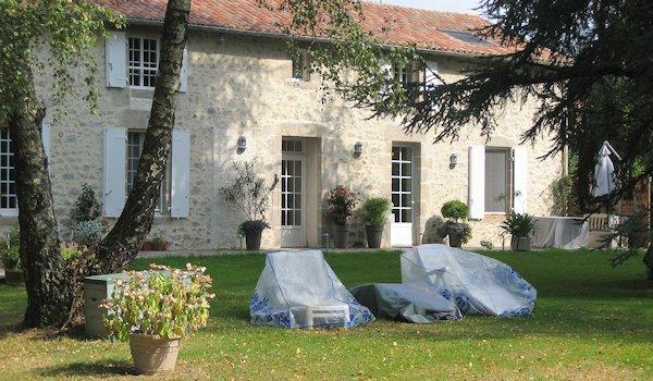 Maison d'hôtes à vendre près du Puy du Fou (Deux Sèvres)