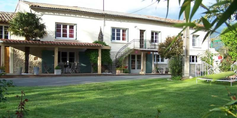 Maison d'hôtes à vendre au cœur du Lauragais et proche du Canal du Midi (Haute-Garonne, Occitanie)