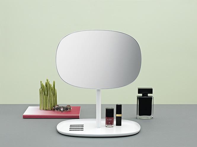 Lo specchio da tavolo di normann copenhagen - Specchio da tavolo ...