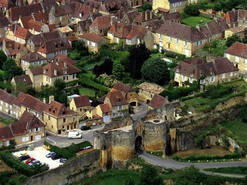 Location Vacances Dordogne Perigord Noir Sarlat Maisons