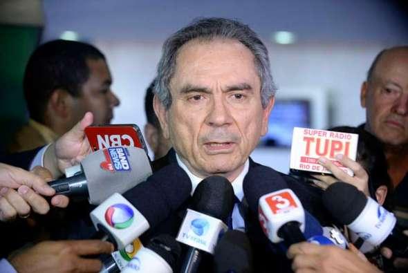 Resultado de imagem para senador Raimundo Lira