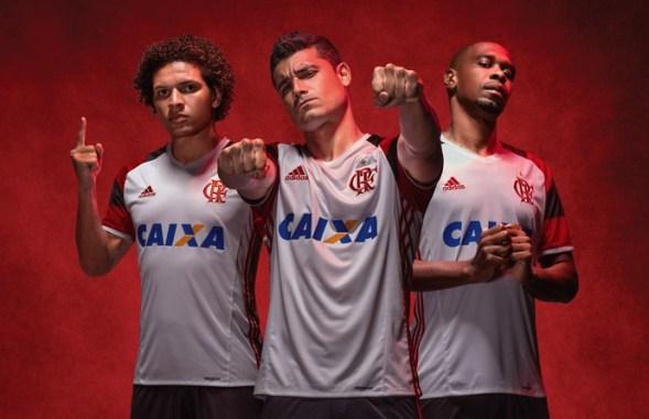 52a34f08a1 Flamengo lança novo 2º uniforme com mais uma homenagem ao Mundial de 81