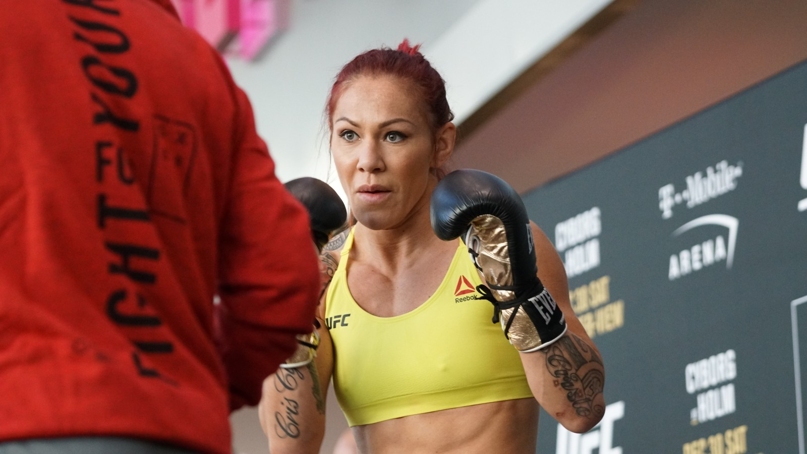 Dana White confirma duelo de Cyborg x Amanda