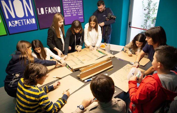 alcuni dei momenti della Sou, scuola di architettura per bambini