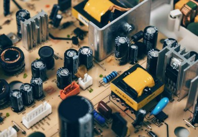 Types of Capacitor and Uses | कैपासिटर के प्रकार