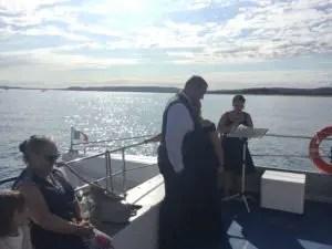 Cérémonie laïque à bord d'un bateau