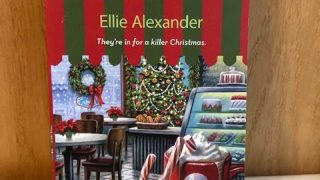 A Cup of Holiday Fear: Bakeshop Cozy Mystery Series #10 » Ellie Alexander, Cozy Mystery Author