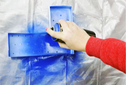spray-painting-a-channel-letter