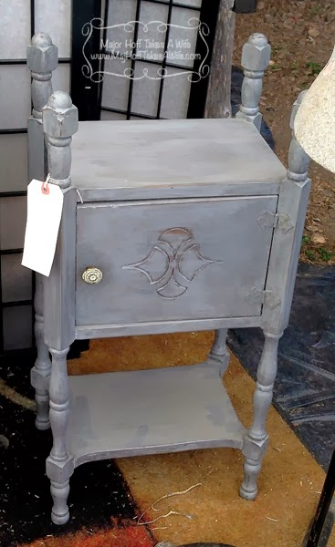 Smoking stand for cigars