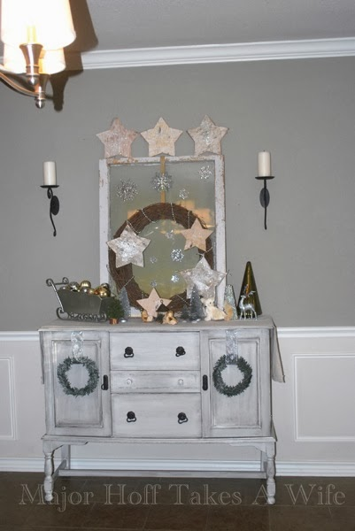 Dining Room Buffet Stars with wreaths