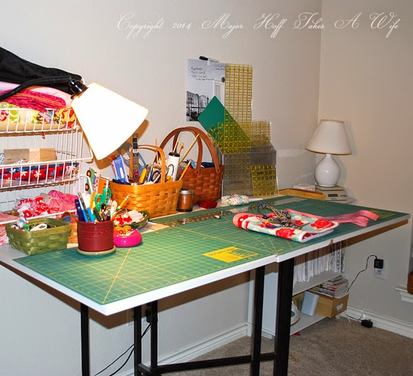 Collapsable Cutting table