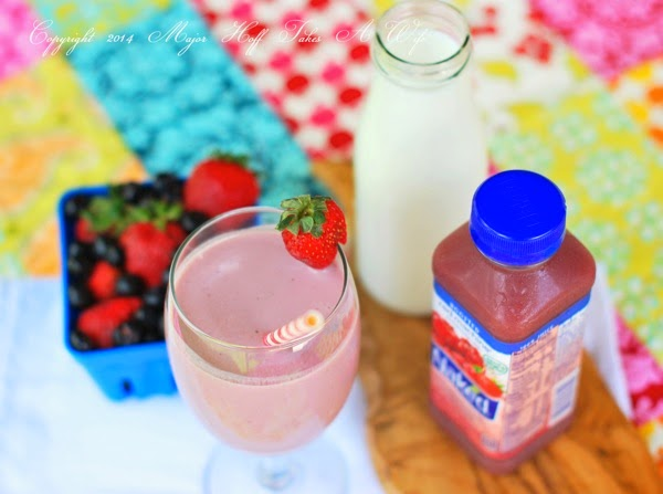 All the berries and vitamins you need in a drink