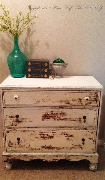 3 drawer dresser in Linen