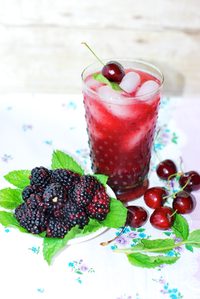 How to make Blackberry Mint Cherry Limeade