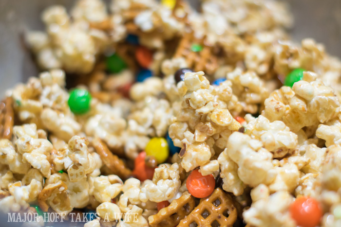 Movie Munch Snack Mix for movie night. It's time for a Family Movie Night! You won't want to miss this recipe for the fabulous Movie Munch! Can you guess what the secret ingredient is? Post also shows how to create your own Guardians of the Galaxy Gift Basket, perfect for your favorite super hero fans, or for a Finals Survival kit. #OwnTheGalaxy #CBias #sp #ad