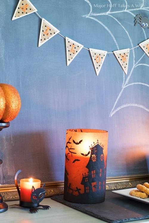 Haunted Halloween Sillhoutte jar candle holder
