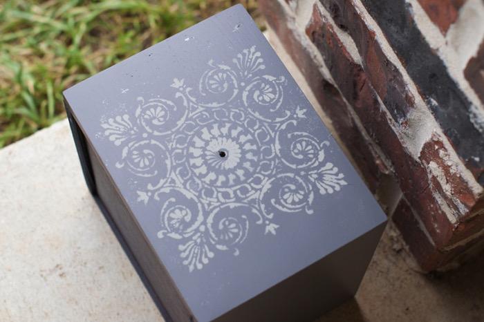 Stencil after with stencil spray