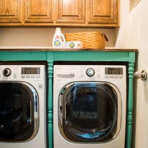 DIY A Laundry Folding Table