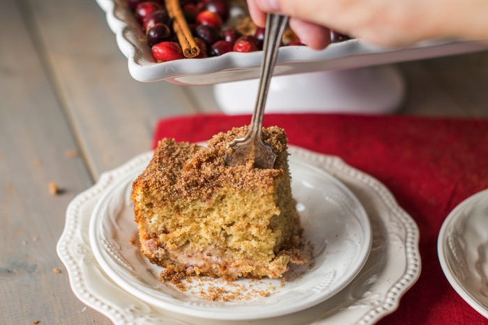Recipe for cream cheese coffee cake with cranberries