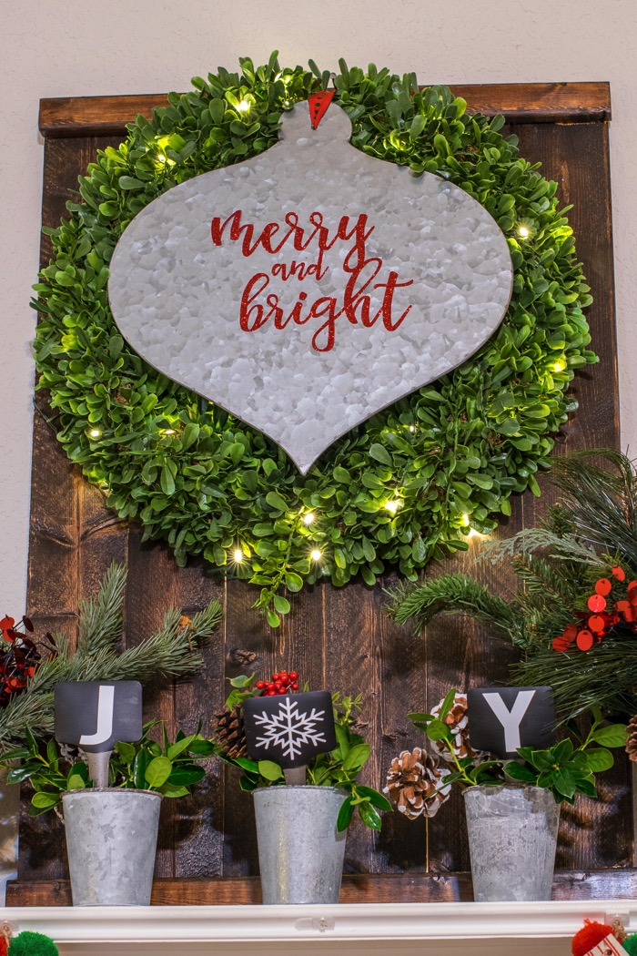 Fixer Upper Inspired holiday house tour
