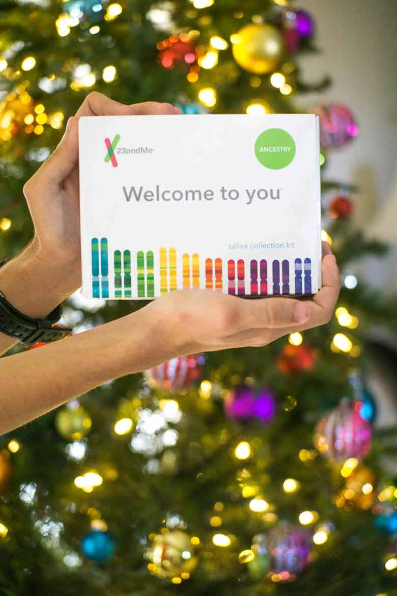 23&me saliva dna test kits are the gift to give this year