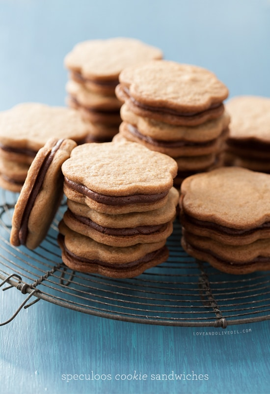 speculoos cookie sandwich