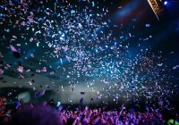 confetti and crowd
