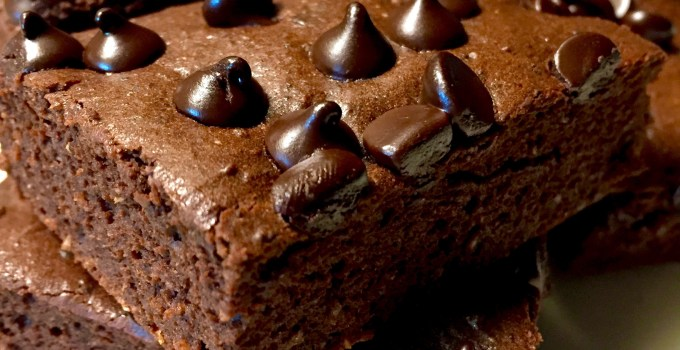 Double Chocolate {Healthy} Brownies