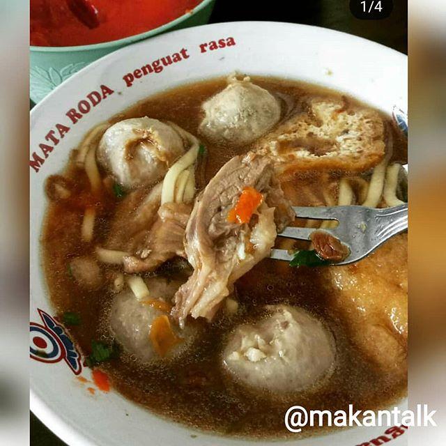 Kl ke Yogya jangan lupa makan Bakso Babi Bethesda.  Kuahnya bening gurih .. Baksonya enak. Min order tanpa tetelan  Bakso Bethesda Cabang di Kantin RS Bethesda Yogyakarta ⏰: 10AM - 15PM ❌: Non Halal  Read also