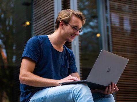 laptop body tipis murah