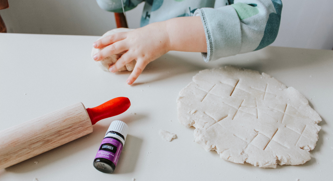 kids-playing-with-diy-essential-oil-playdough