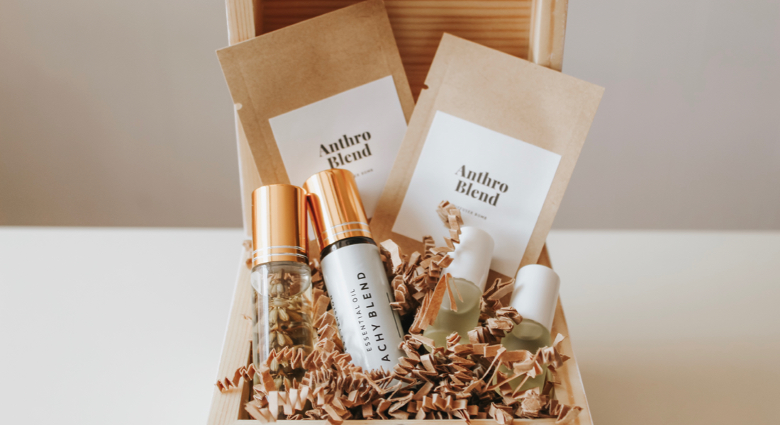 diy-essential-oils-gifts-package