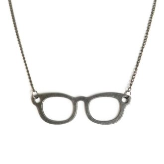 dónde encontrar un colgante gafas nerd