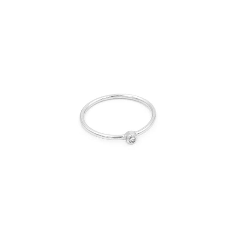 anillo en plata de ley con circonita blanca de la colección brilla