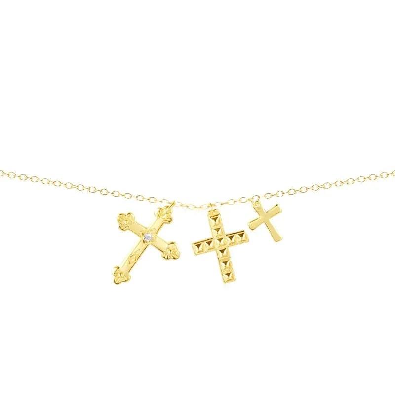collar de tres cruces dorado
