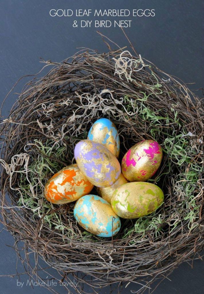 Gold leaf Easter eggs DIY