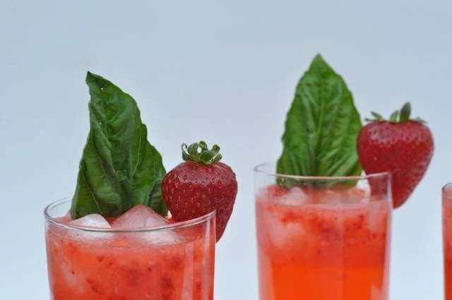 Strawberry Basil Lemonade Recipe