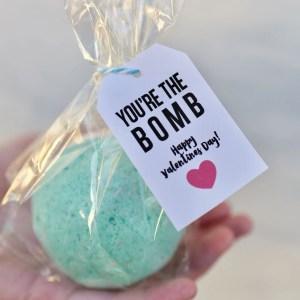 DIY Bath Bombs Valentines + Printables