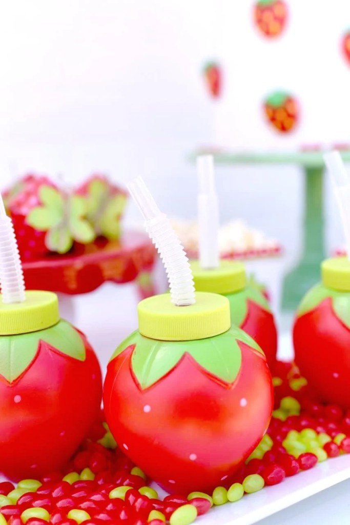 Strawberry party ideas. Darling girls party theme!