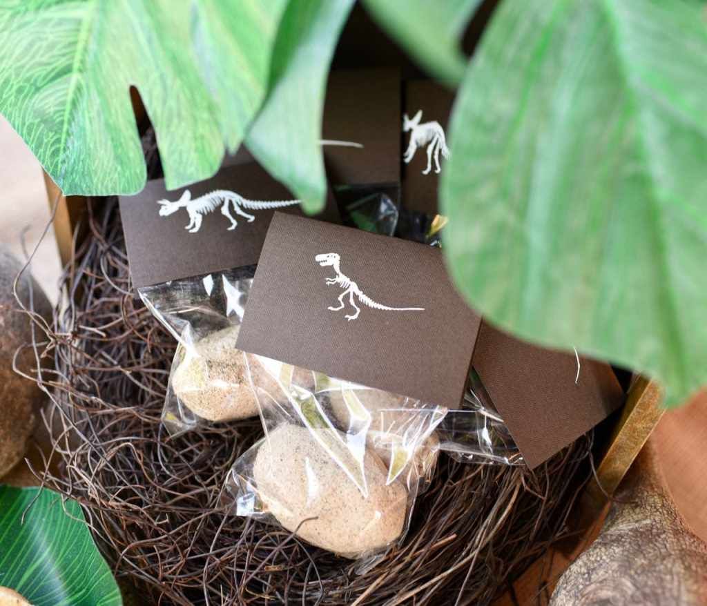 DIY dinosaur eggs with surprise inside at dinosaur party