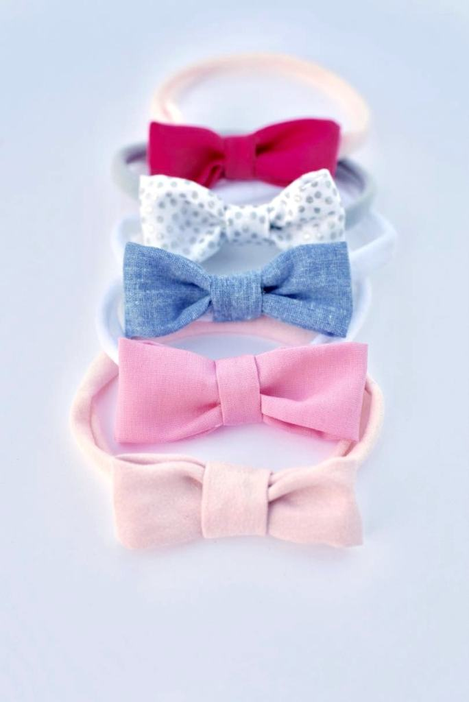EASY no sew hair bow headbands tutorial for newborn babies and toddlers. SO cute, easy, and quick to make!